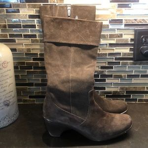 Dansko Risa brown suede leather boots 41